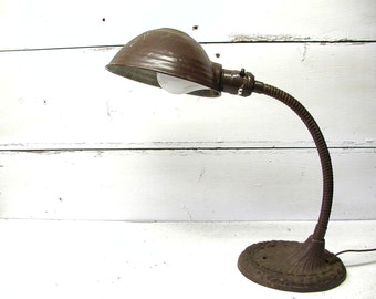 Cast Iron Industrial Gooseneck Table Lamp Working Condition
