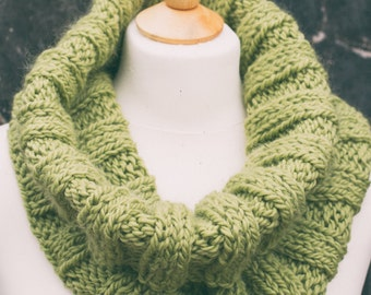 Knitting Pattern/DIY Instructions - Super Chunky Weekend Snood