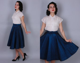 1950s IRIDESCENT CIRCLE SKIRT | Vintage 50s Blue Black Quilted Skirt | small