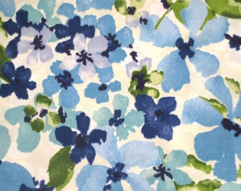 OUTDOOR Pillow Cover in a Blue Floral Print / Bloue Pillow Cover
