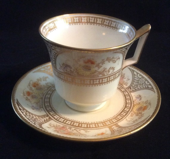 antique wedgwood demitasse cup and saucer by thequeensattic. Black Bedroom Furniture Sets. Home Design Ideas