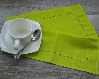 LINEN Napkins - CHARTREUSE napkins - linen Napkin, Table napkin, table linen, wedding napkins, dinner napkins, cloth napkins