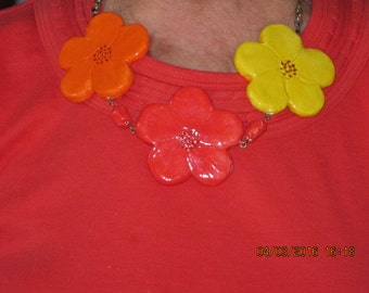Ceramic flower necklace
