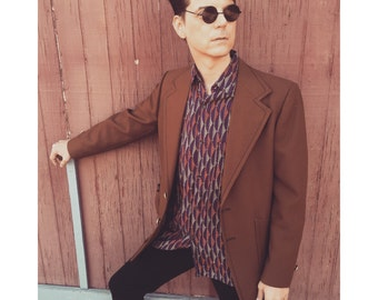 Mod Goth mens button down medium shirt geometric