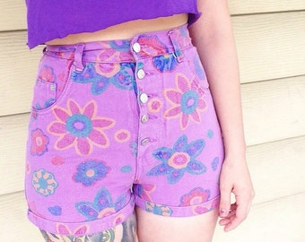 90s High Waisted Floral Shorts