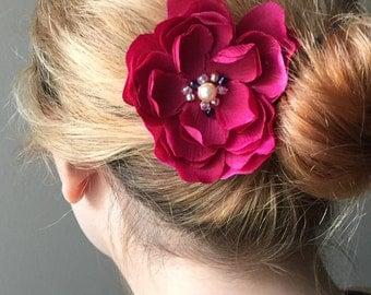 Flower blossom hair clip in vibrant magenta