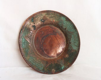 Weathered vintage copper saucer plate, hand ETCHED, verdigris, fish skin, etching. Coffee table display, Anatolian crafts metalware old dish