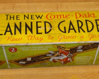 "Vintage ""Come Pakt"" Planned Garden Mat and Seeds"