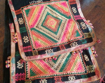 Vintage- collectable, embroidered scarf