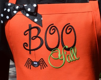 """READY TO SHIP Halloween """"Boo Y'all"""" Apron with Spider Embroidery - Southern Holiday Apron, Southern Sayings Aprons, Womens baking aprons"""