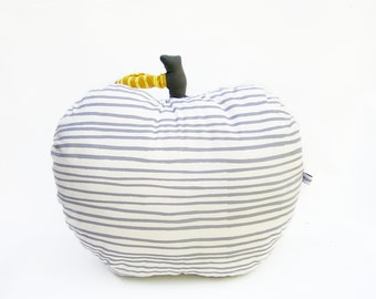 Decorative pillow, large apple
