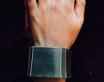Handmade Green Hand Dyed Leather Wristband