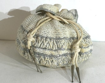 1940s cream crochet drawstring bag with silver thread - 1940s vintage purse - 1940s crochet purse - 1940s drawstring bag