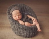 Newborn baby boy hand knitted Romper Overall and rounded bonnet set / Luxury yarn Photography Prop/Merino wool prop