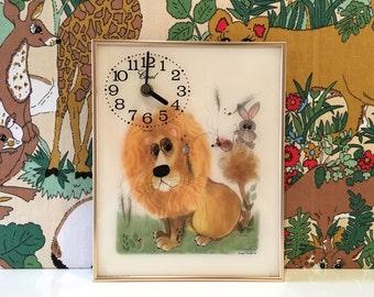Vintage George Buckett Lion Print Clock Kitsch