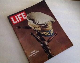 Life Magazine ( 1964 ) - General MacArthur Memorial Issue - Rare Ads