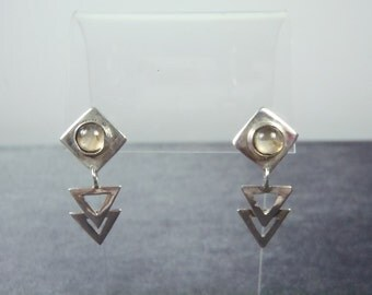 Sterling Silver Yellow Stone Triangular Pierced Earrings E10