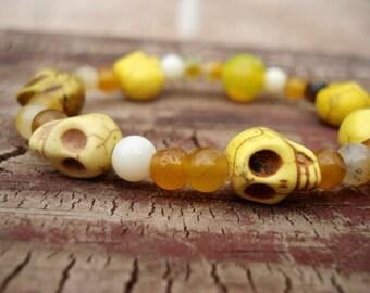 Skull Bracelet, Glass Beaded Bracelet, Day of the Dead Jewelry, Sugar Skull Jewelry, Skull Jewelry, Fun Jewelry, Stretch Bracelet