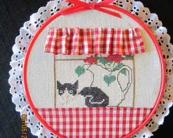 Cat in the Window Gingham Wall Decor