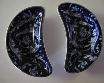 Vintage Blue and White Bombay Crescent Shaped Oriental-Asian Side Dishes(2)