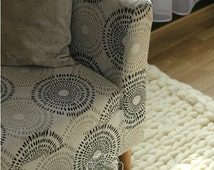 GIANT RUG. 100% wool rug, chunky yarn, jumbo yarn, knitted rug, 5.5kg wight.