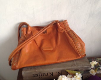 Tabac leather bag