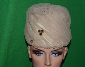 Vintage  Hat Evelyn Original  Paris New York Netting Mesh 1950s