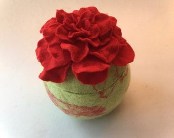 Felted Vessel Rose. Handfelted.Felted Bowl,box.