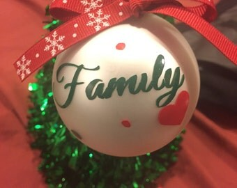 "Worlds Greatest ""Family"" christmas ornament"