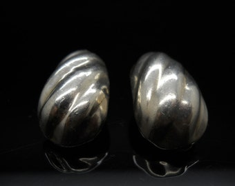 Sterling Silver Scalloped Earrings Clip On Taxco Mexico 925