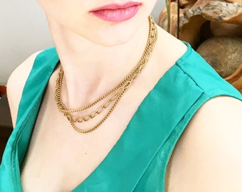 Vintage Gold Tone Chain Necklace Costume Jewelry