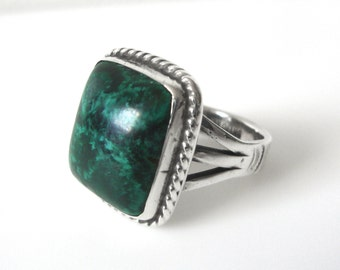 Mens Native American Indian Sterling Silver Malachite Ring Size 9