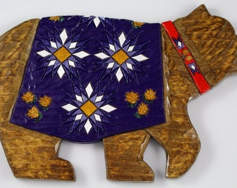Adirondack Bear Wall Hanging with Quilt
