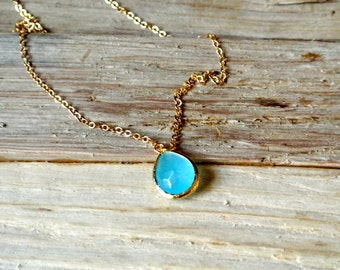 Beautiful Turquoise Blue Glass Tear drop Necklace.