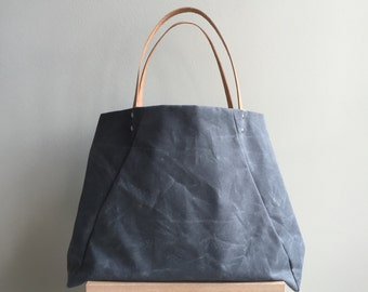 Waxed Canvas Rehearsal Tote - Charcoal
