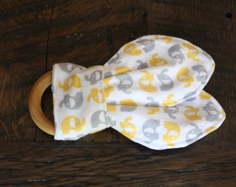 Organic Maple Wooden Teething Ring with 100% cotton flannel fabric. (Yellow & Grey Elephants)