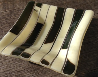 Elegant, French Vanilla, Fused Glass, 5x5 Dish,Pine Green, Ring Dish, Snack Dish, Chic Dish, Eclectic