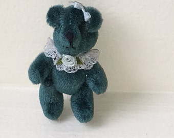 "Miniature Green Bear ""Anabear"" by Mary Bures 1989  (JL)"