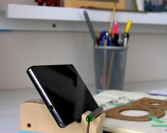 Moby Whale - Smartphone wooden stand - I Phone Samsung Galaxy all models