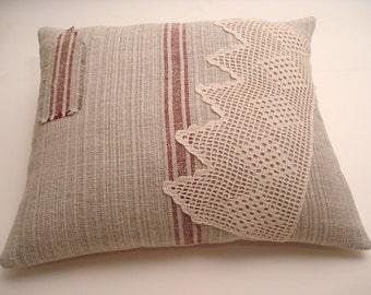 Vintage Grain Sack Pillow Cover/ Rustic Cottage Pillow / Nautical Decor / Rustic Farmhouse Style