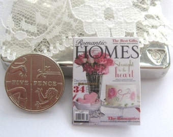 dollhouse magazine romantic homes    12th scale miniature