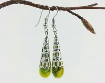 """Earrings """"felted drop"""" hand felted merino wool - Yellow green"""