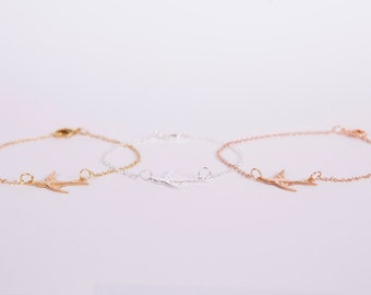 Pretty Bracelet Golden OR Silver Or Rosegolden Bird  Chain Plated Birdy Gold Plated Swallow Choose Your Favourite Colour