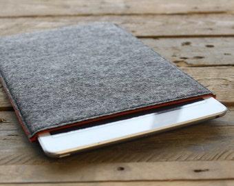 Minimal Nexus 7 Sleeve / Nexus 7 Case / Nexus 7 Cover in Mottled Dark Grey Outer and Various Inner Colours of 100% Wool Felt