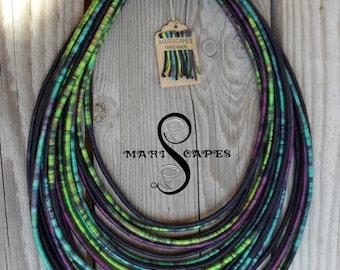Night Ocean yarn-wrapped necklace / tribal / hippie / bohemian / 100% cotton
