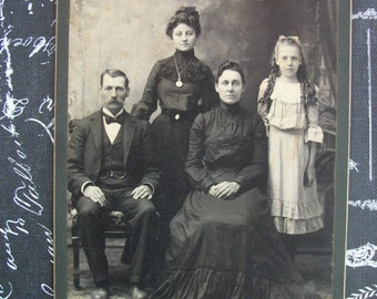1890's Cabinet Card Photo of Family - Meadville, PA