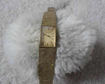 Ladies Vintage Wind Up Baylor Watch