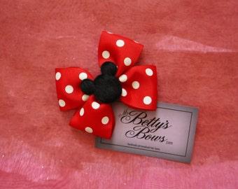 Minnie hair bow