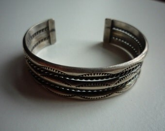 Vintage Navajo Native American Sterling Silver Cuff Bracelet