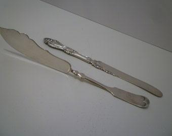VINTAGE SPREADER KNIVES. Vintage 1930 - 1940's. Ornate Spreader Knives. Cheese. Butter. Relish. Spreaders